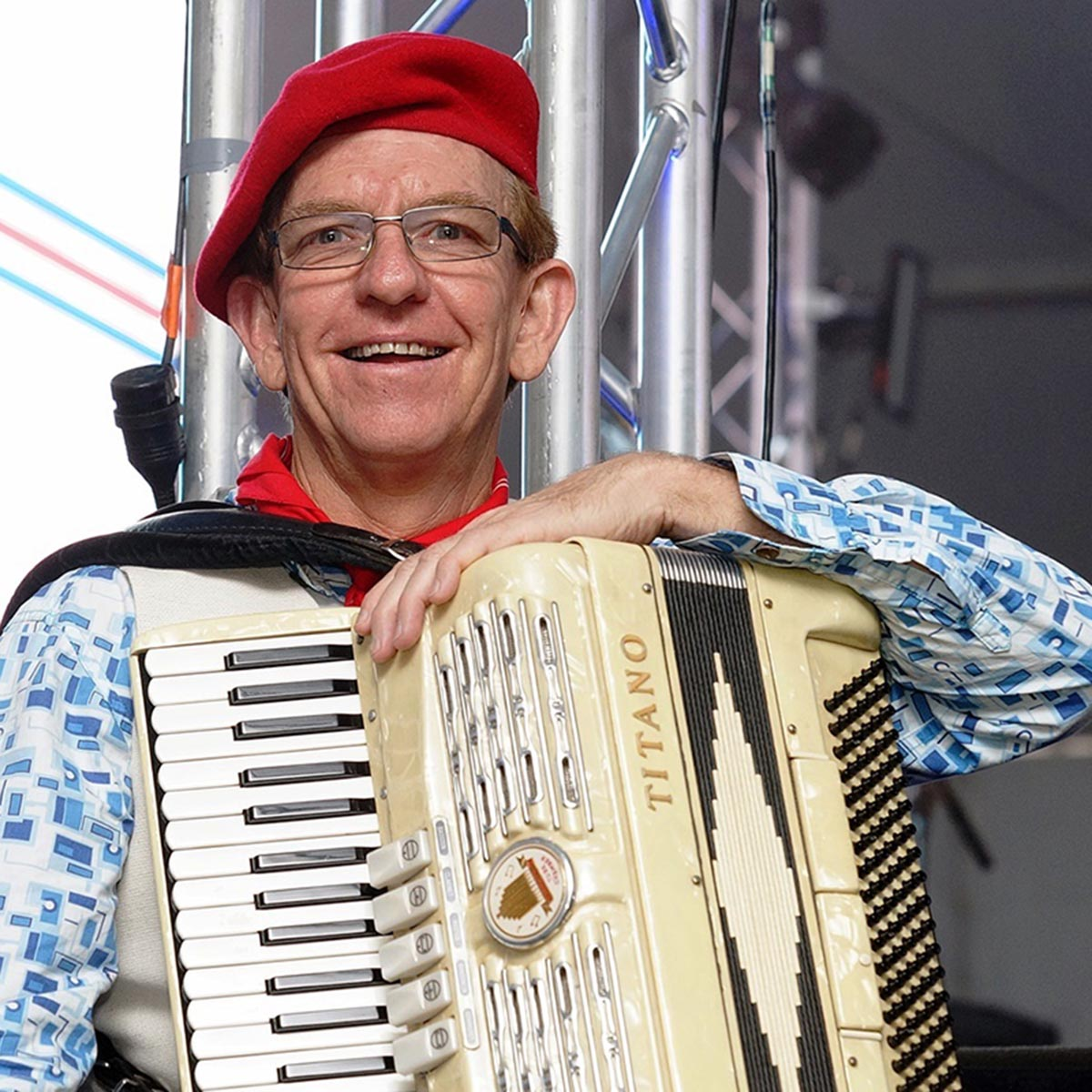 french festival accordion roving and stage performance